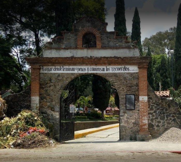 fachada panteon ocotepec
